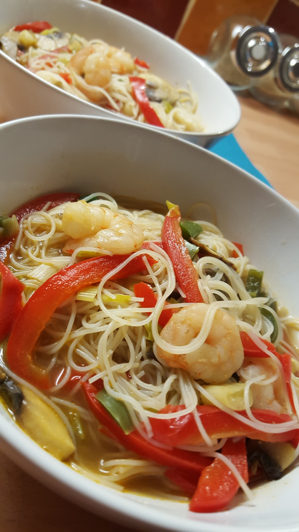 king prawn noodle broth